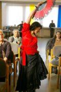 Танцует Галина Мариненко, аккомпанирует Лев Свойский.