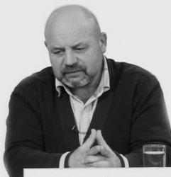 Валериу Реница