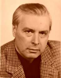 Валерий Безручко-Надион